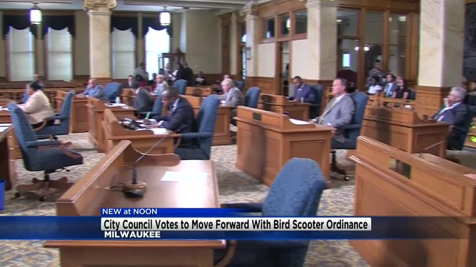"""It's technically not banned:"" Milwaukee Common Council approves ordinance to impound Bird scooters"