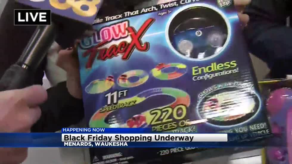 Black Friday shoppers hit the stores early in Milwaukee area