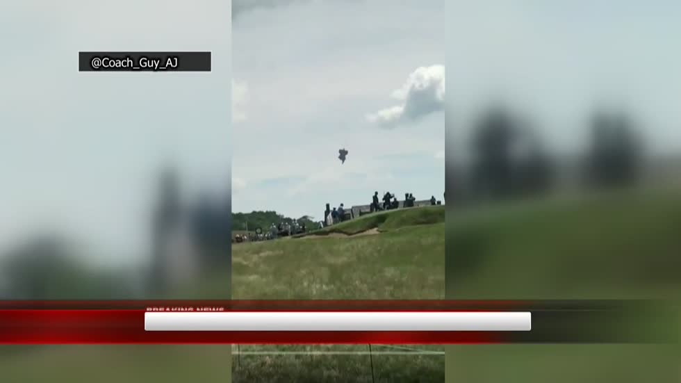 Blimp goes down near Erin Hills