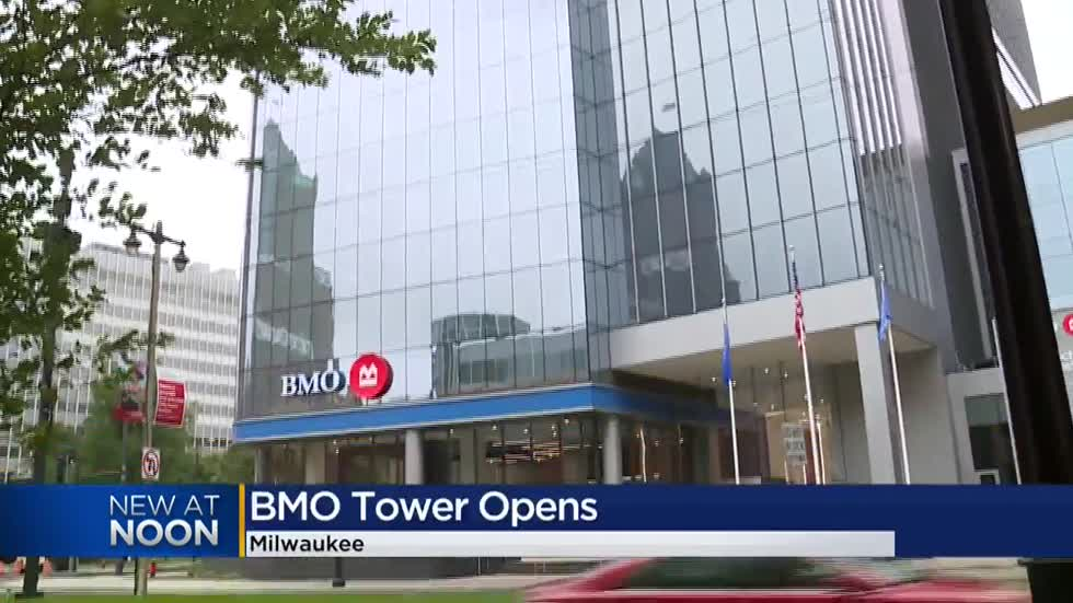 Ribbon cutting held to mark opening of BMO Tower in Milwaukee
