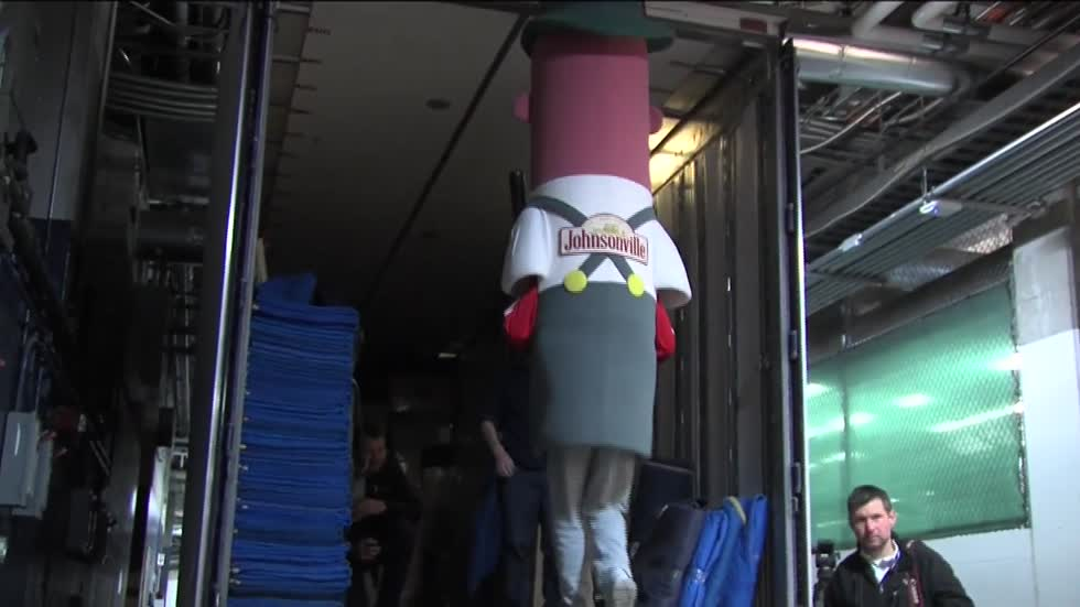 Milwaukee Brewers head to spring training with help from Johnsonville Racing Sausages