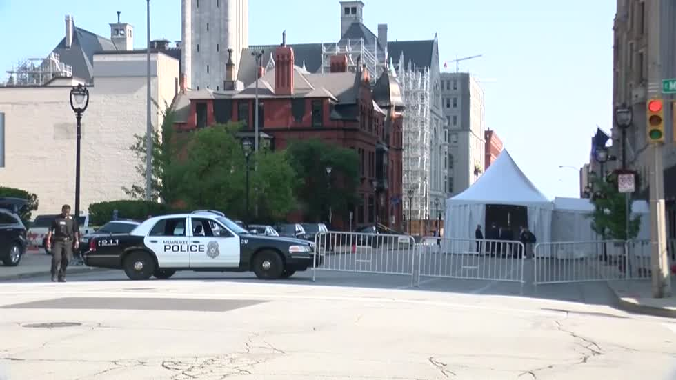 """It's very expensive with no reimbursement:"" City leaders estimate the cost of presidential visit to Milwaukee"