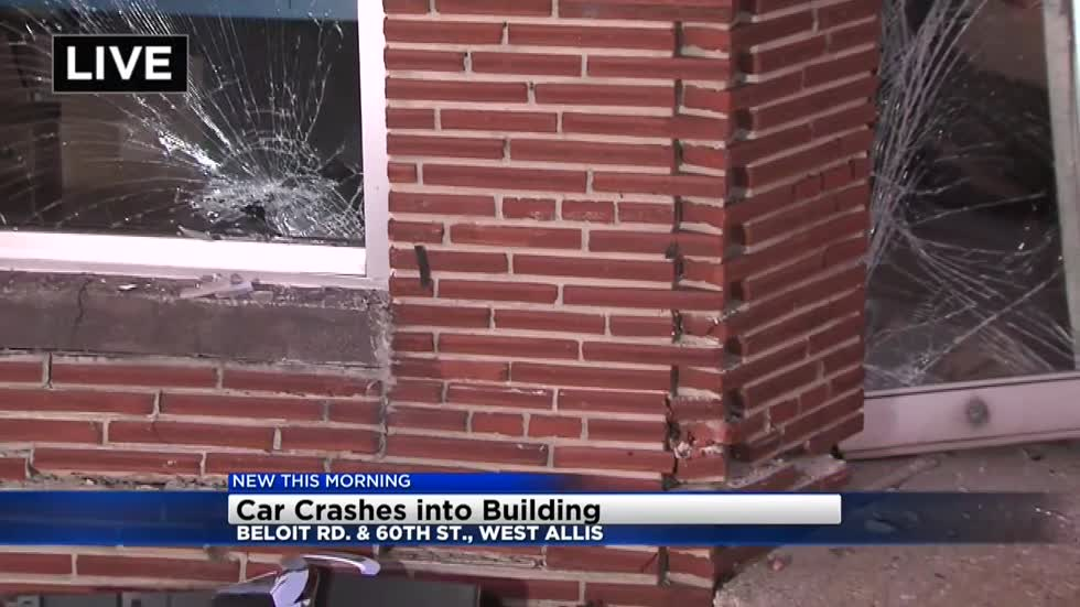 Car crashes into building in West Allis