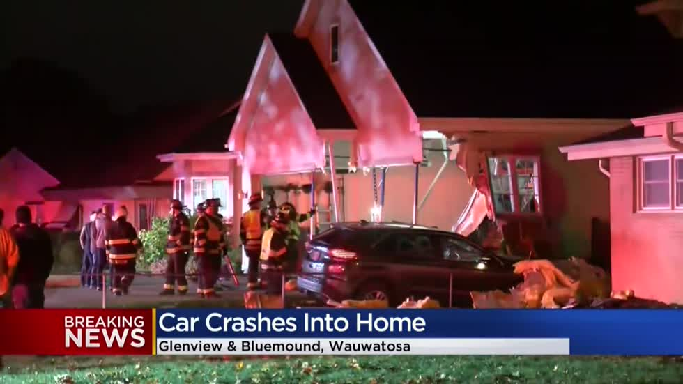 Police: Car crashes into garage of Wauwatosa home