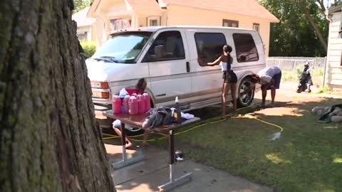 Car wash fundraiser held for victim's family of fatal Swing Park shooting