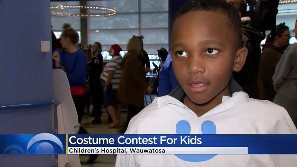 Children's Wisconsin holds annual costume contest for patients