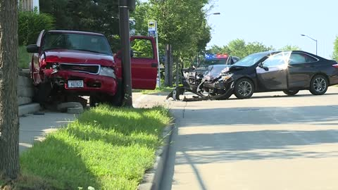 UPDATE: Two seriously injured after two-car crash in West Allis