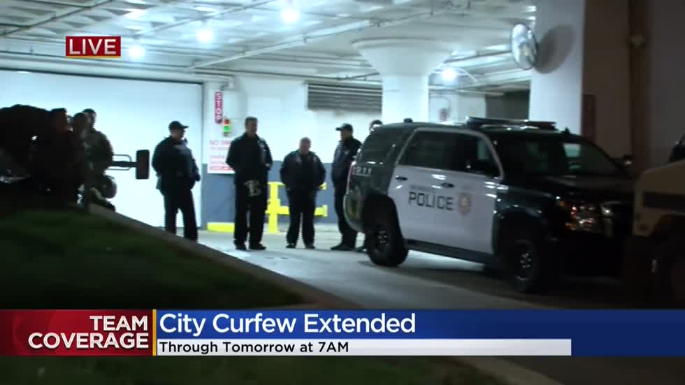'Reckless, criminal behavior has to end:' Milwaukee continues curfew starting at 9 p.m. Sunday