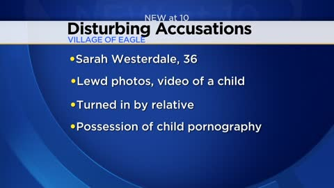 Walworth County woman accused of keeping lewd photos of child on phone