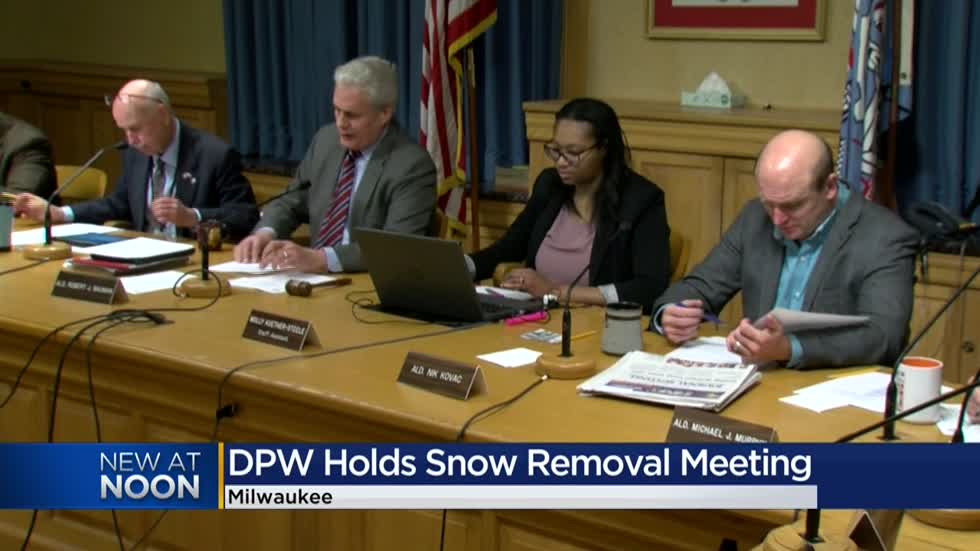 Milwaukee Public Works committee, DPW discuss snow removal procedures