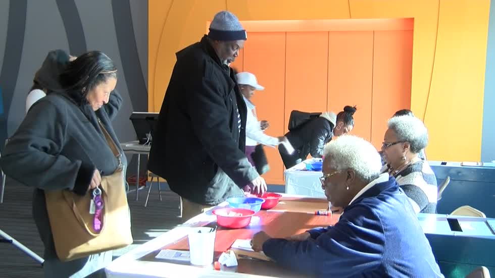 """Let your voice be heard:"" Milwaukee city leaders encourage residents to vote ahead of midterm election"
