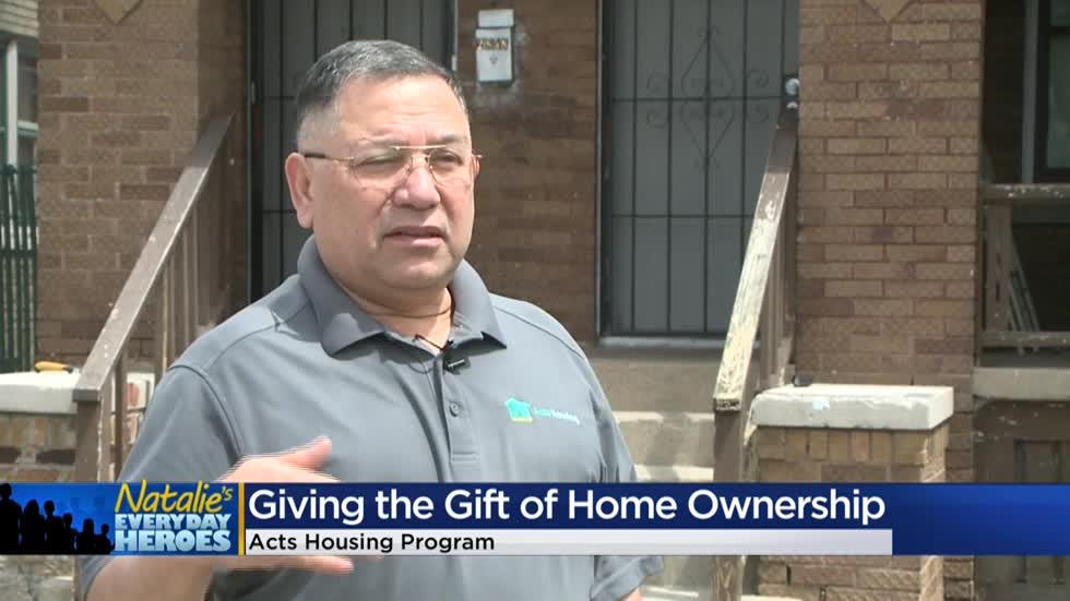 Natalie's Everyday Heroes: Ramon Guadarrama helps over 100 families become first-time homeowners