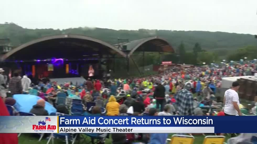 Farm Aid draws a crowd of thousands, helping farmers amidst dairy crisis
