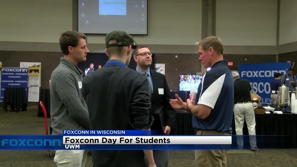Foxconn looking to recruit students from UWM to work at facility after graduation