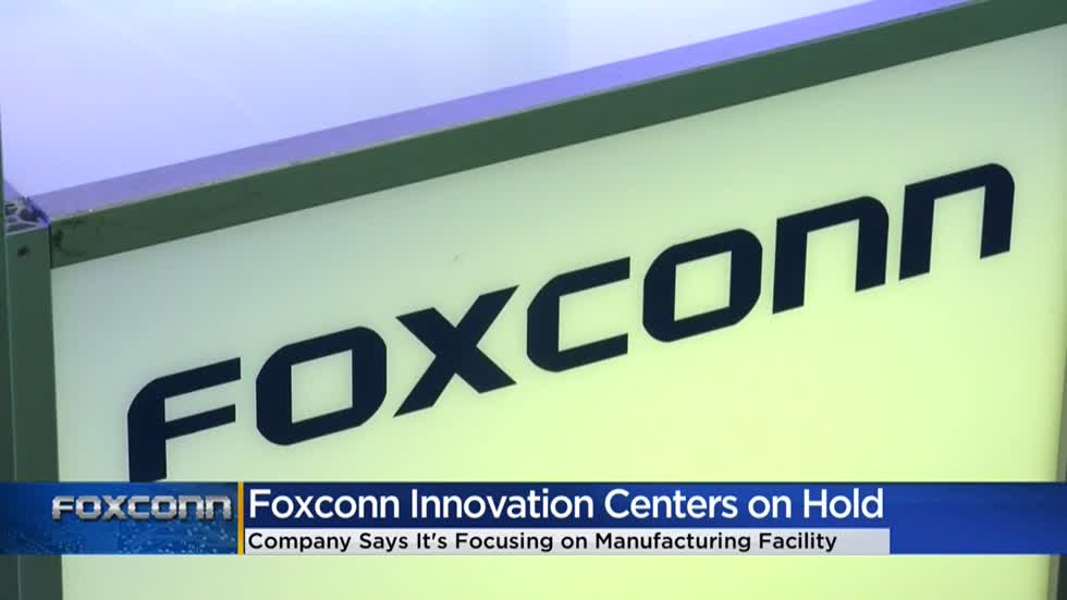 Little movement on Foxconn 'innovation centers' in Wisconsin