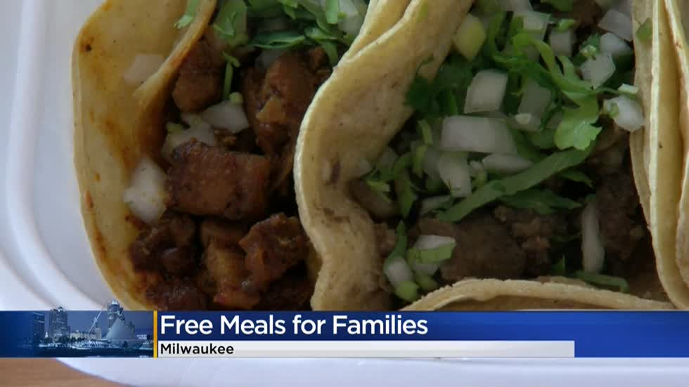 'Any help to the community:' Taqueria La Salsa hands out more than 160 free lunches