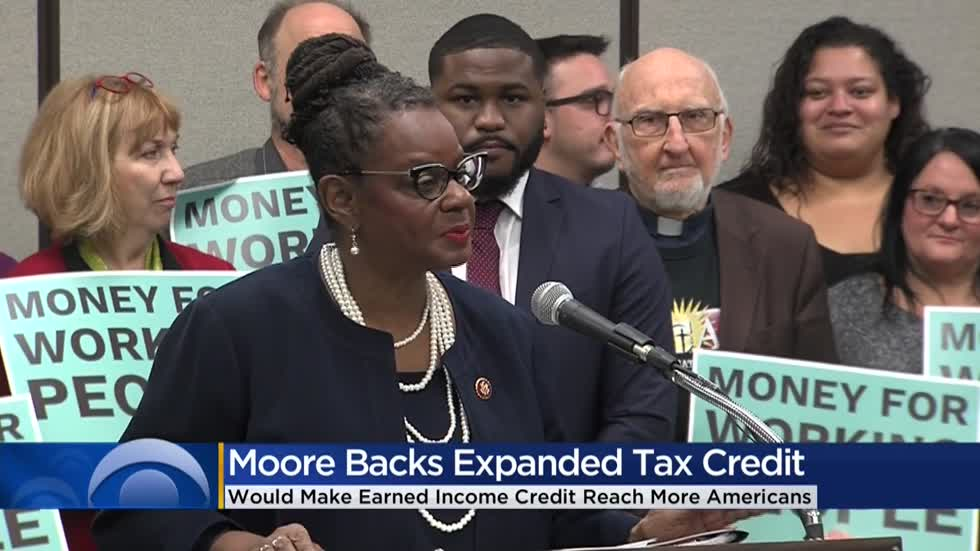 Rep. Gwen Moore backs expanded tax credit