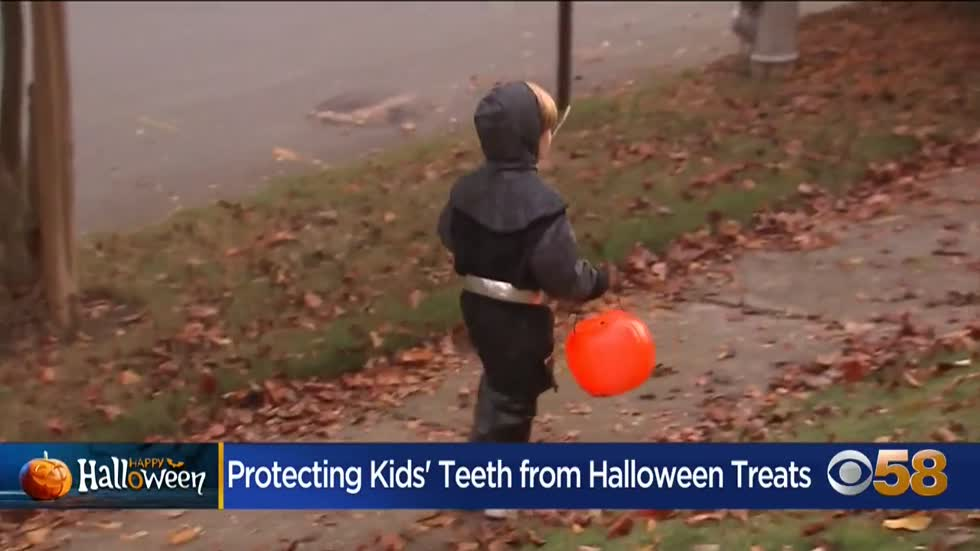 Dentist shares tips and tricks for dealing with Halloween candy...