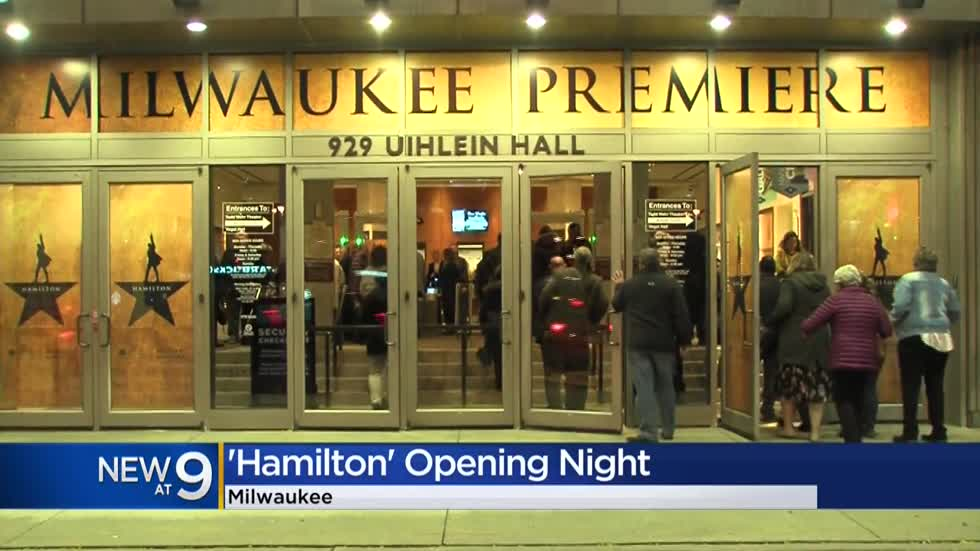 Hamilton fans excited for opening night in Milwaukee