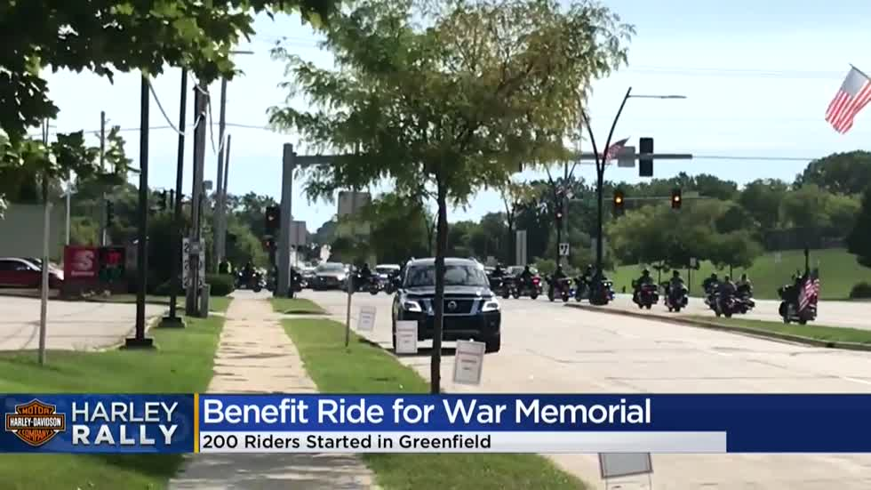 Tribute to WWII: Inaugural motorcycle ride benefits Milwaukee's War Memorial Center