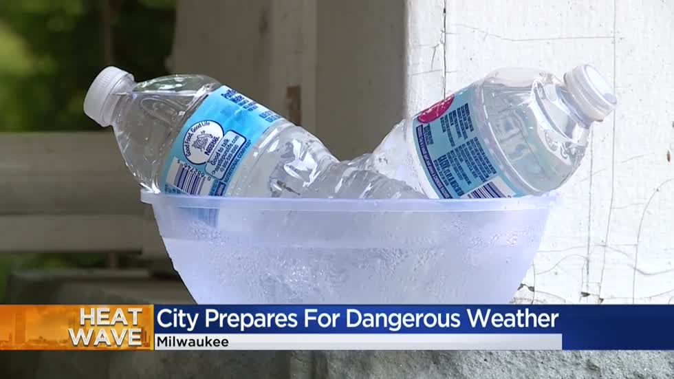 Milwaukee braces for triple digit heat wave
