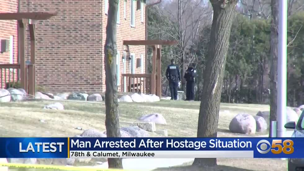 MPD: Hostage situation near 78th and Calumet ends without anyone seriously hurt; suspect in custody