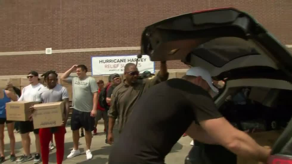 J.J. Watt and Houston Texans hand out donations across City of Houston