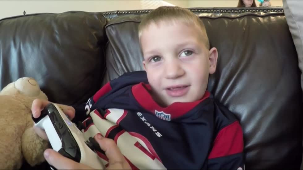 J.J. Watt reaches out to Houston boy who has the same injury as him