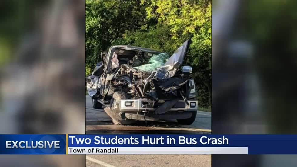 Pickup truck rear-ends school bus carrying 21 in Kenosha County