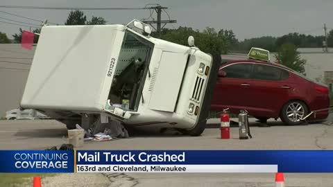 Two taken to hospital after crash involving mail truck in New Berlin
