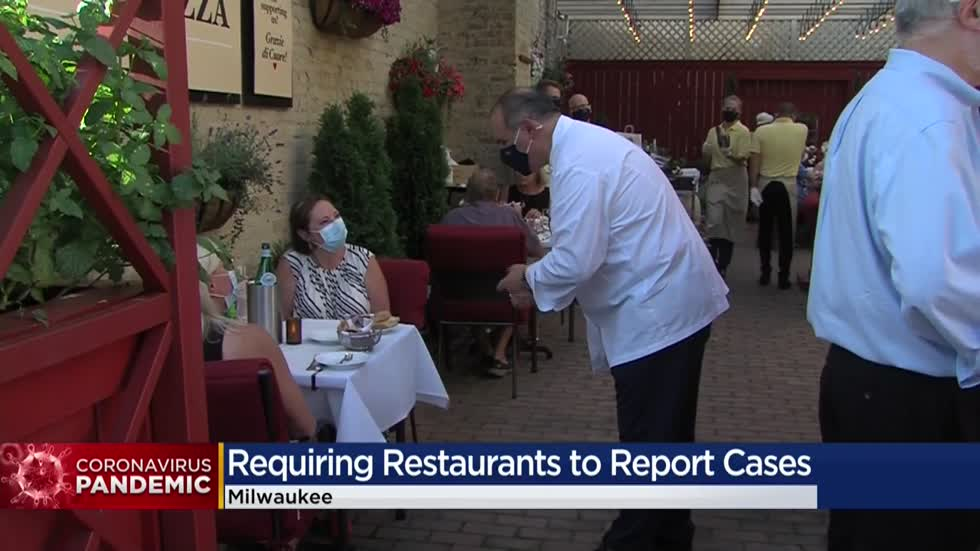 Restaurant employees not required to let customers know they got infected with COVID-19