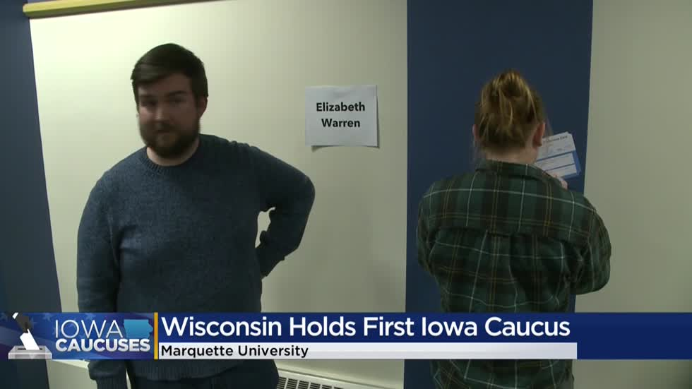 Iowans in Milwaukee participate in satellite caucus