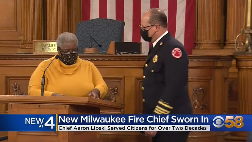 Milwaukee Fire Department holds sendoff ceremony for retiring...