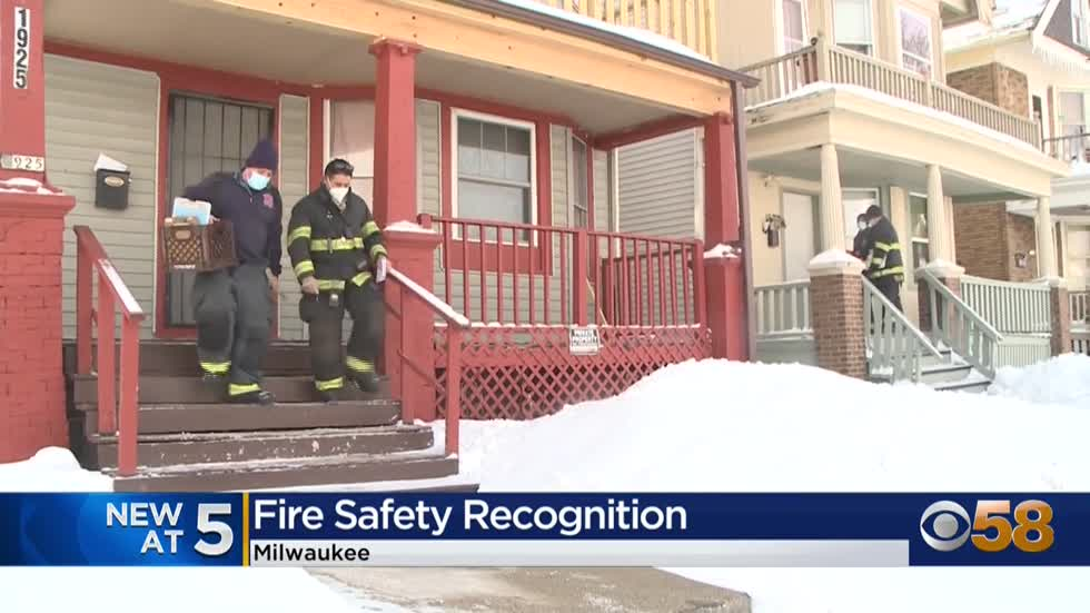 Milwaukee fire chief commends volunteers who installed nearly...