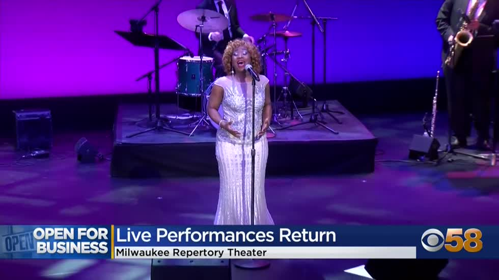 Milwaukee Repertory Theater opens its doors for first live show in 13 months