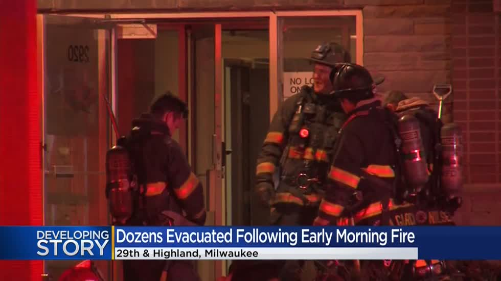 Early-morning fire forces dozens to evacuate apartment complex near 29th and Highland