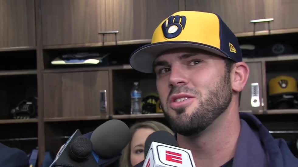 Moustakas excited to be back