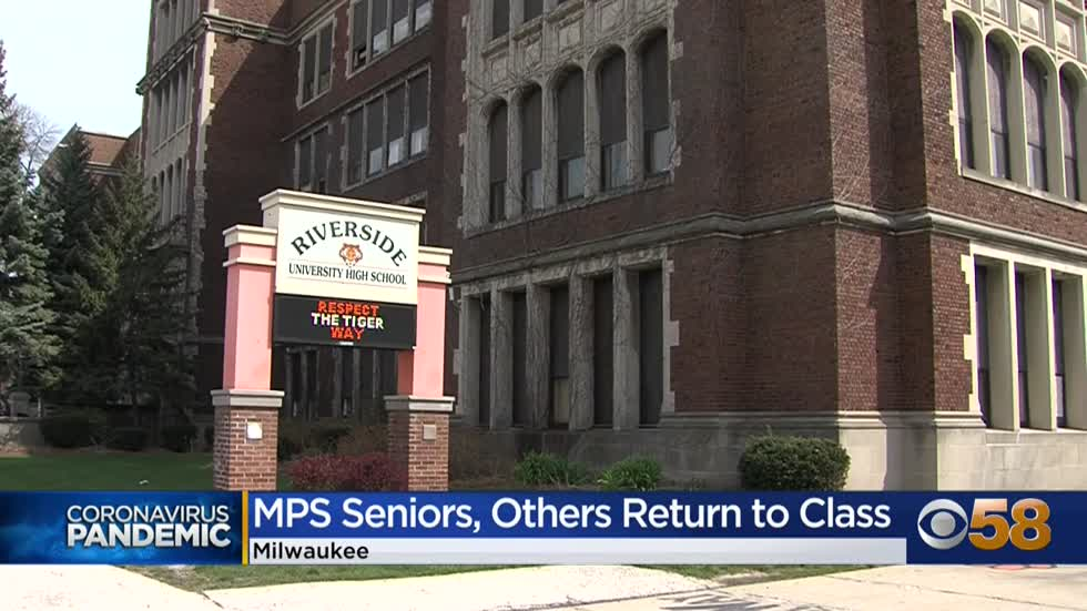 Milwaukee Public School seniors head back to the classroom Monday