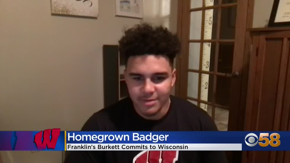 Franklin QB Myles Burkett commits to Badgers
