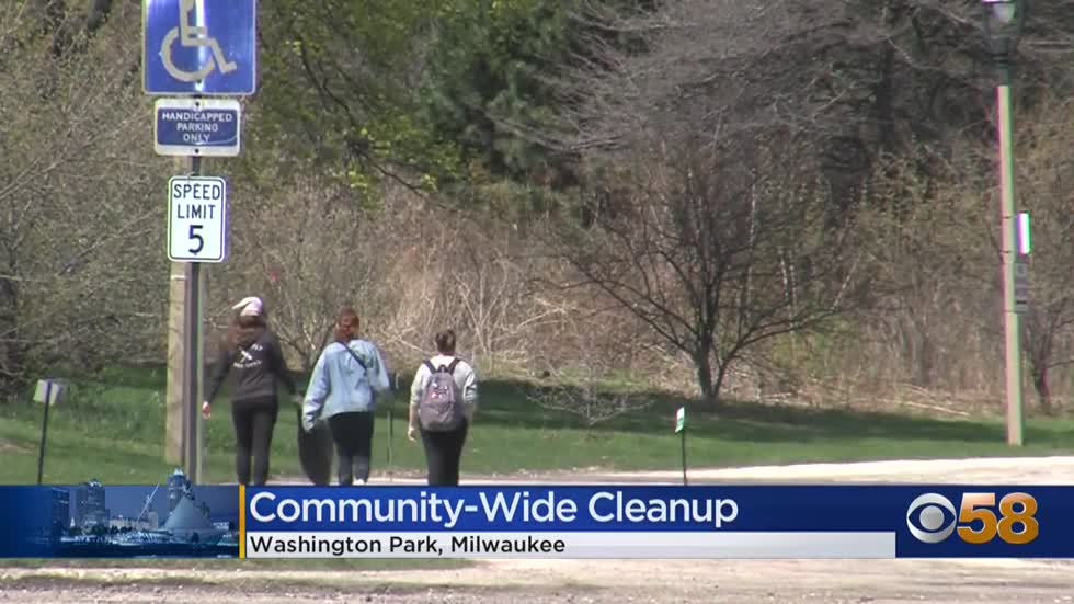 Community organizers help clean up Milwaukee's West Side