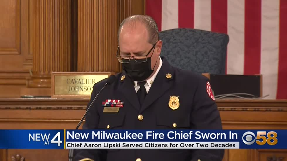 New Milwaukee Fire Department Chief Aaron Lipski sworn in
