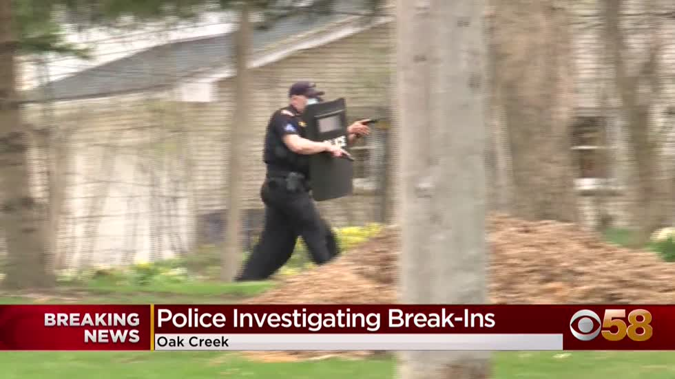 Oak Creek police investigating multiple break-ins, suspect escaped