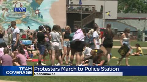 'We're all in this:' Peaceful protesters march to Oconomowoc Police Department