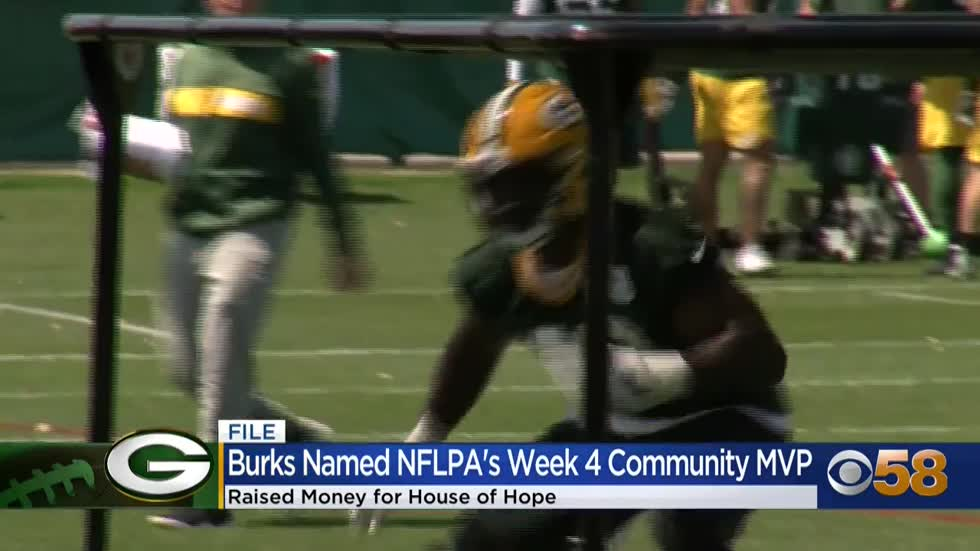 Oren Burks named Week 4 NFLPA Community MVP