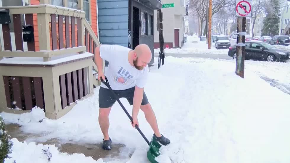 Milwaukee DPW issues Snow Removal Operation for Sunday night