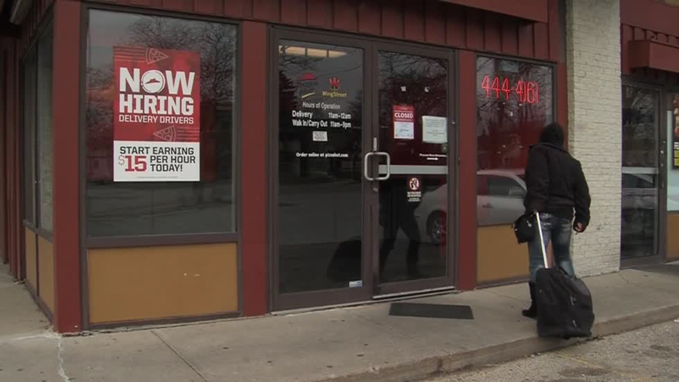 Milwaukee Pizza Huts to re-open soon after closing due to improper permits