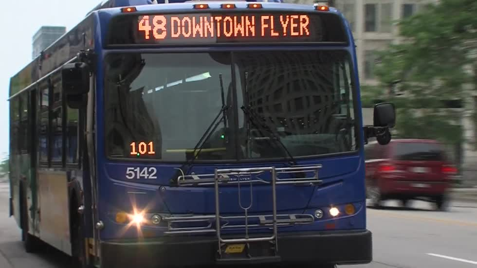 County Executive announces plan to preserve bus routes