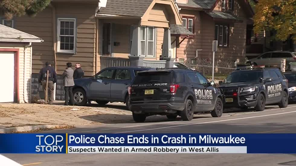 Suspects steal cellphones from T-Mobile store in West Allis, lead police on chase