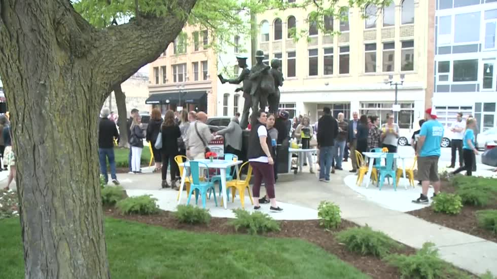 Ribbon cutting held for revamped Postman Square in downtown Milwaukee