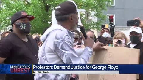 Protesters rallying in support of George Floyd block traffic on I-43 northbound in Milwaukee